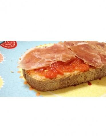 Tostada de jamón con tomate...